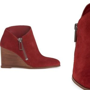 🔥1. State Kaleb Wedge Bootie in red